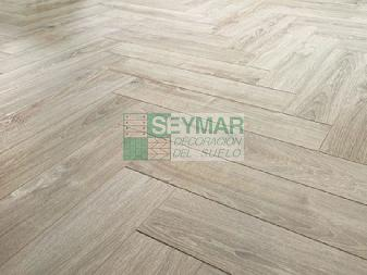 Tarima Espiga AC6 12mm Roble Salerno