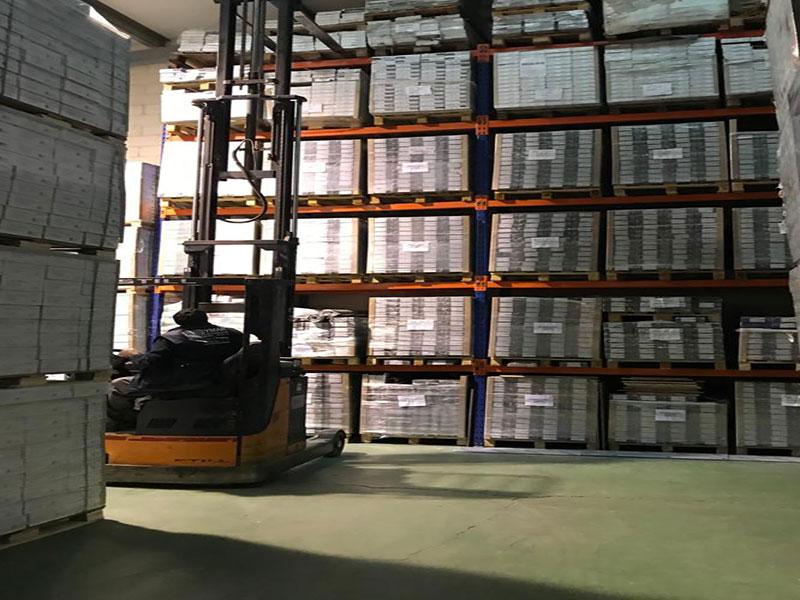 Almacén de tarimas y parquets venta a toda España